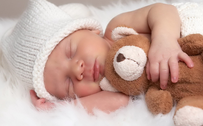 Спяший ребенок